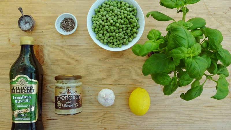 Pea and Basil Hummus (Ve)