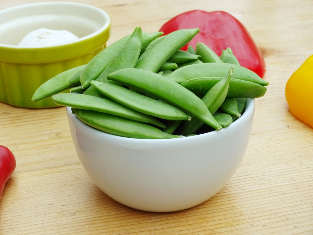 sugar snap peas.jpg