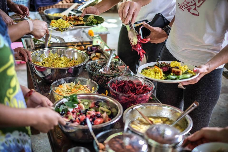 organic+food+on+yoga+retreat_yoga+light+vibes_samata+goa_+health+food_ayurvedic+cooking_yoga+retreat+with+sallyanne+reynolds